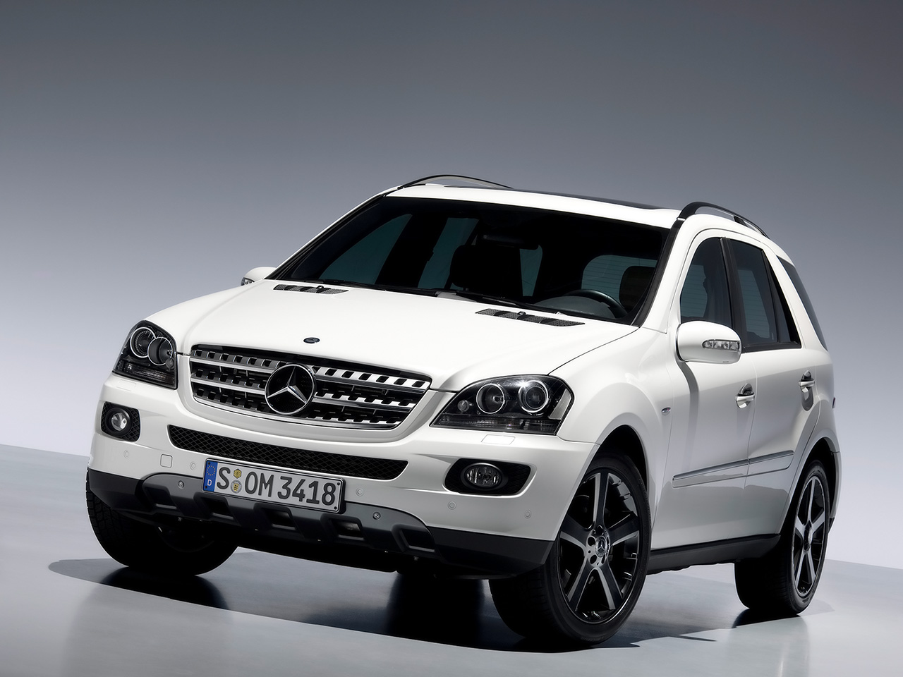 Coches de lujo taringa for Mercedes benz suv models list
